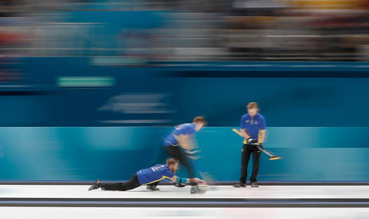 Suecia sigue con paso perfecto en Curling Varonil